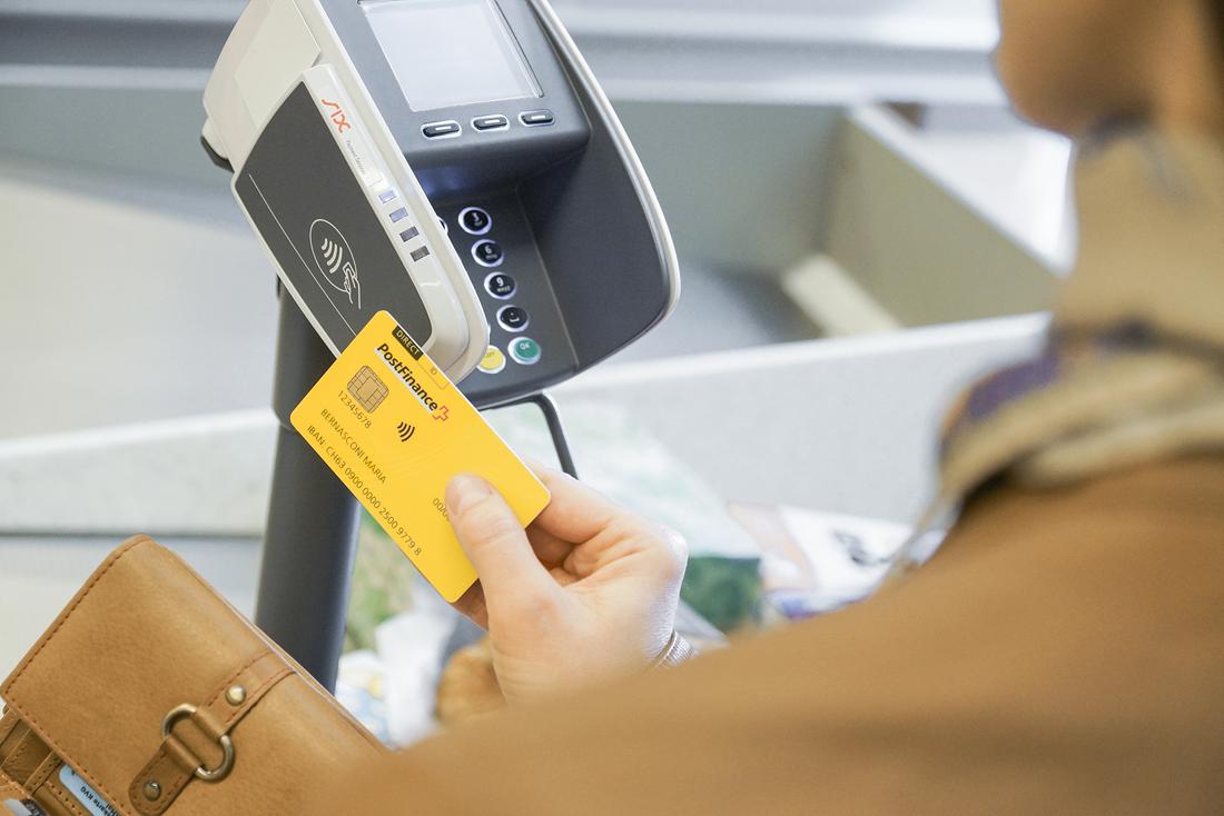 Ergänzung der PostFinance Card mit Debit Mastercard